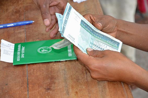 Vatsin'Ankohonana à Antetezambaro, plus de 800 nouveaux ménages bénéficiaires