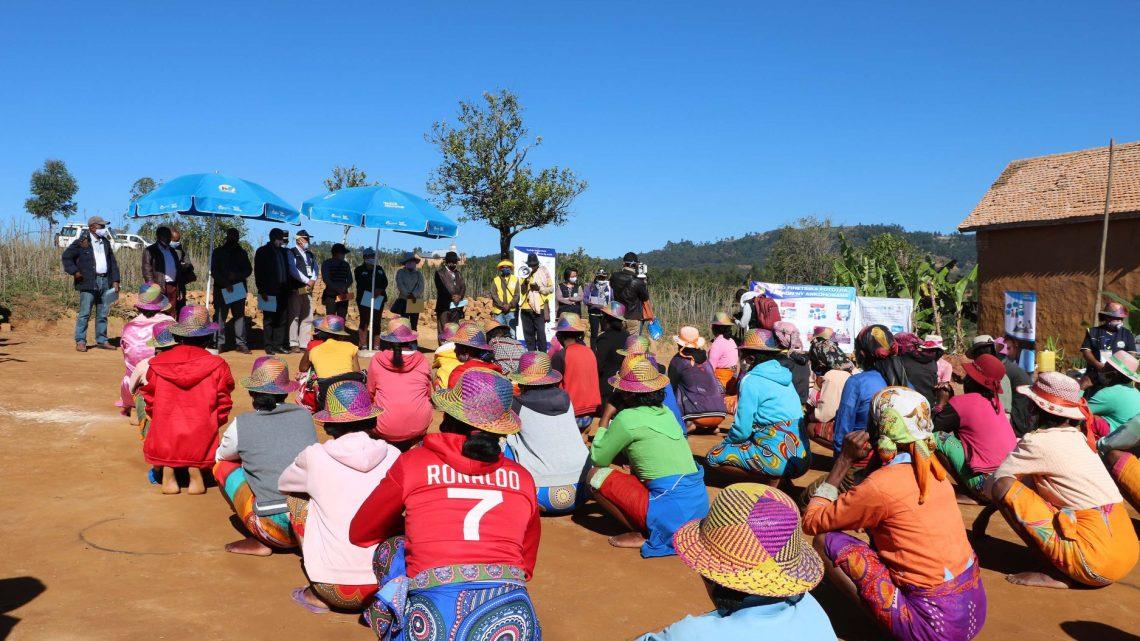 Des échanges fructueux avec les familles bénéficiaires de Vatsin'Ankohonana à Ambohimahasoa