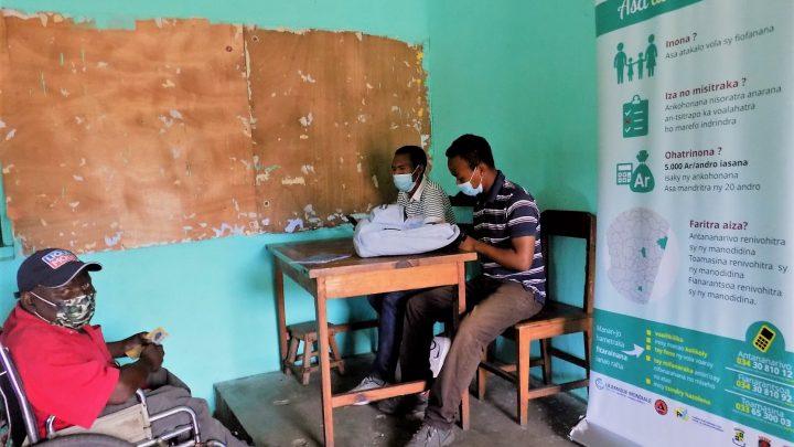 les premiers paiements pour les bénéficiaires du programme «ASA AVOTRA» dans la région Antsinanana